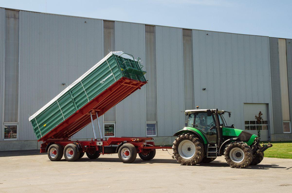 Agroklas d o o  - Troosovinske traktorske prikolice